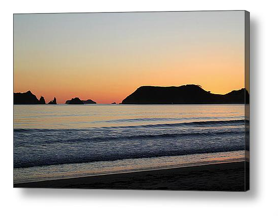 Nature Stress Relief - Opito Bay Beach Canvas Print